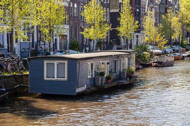 Hausboot Amsterdam Leben auf dem Wasser